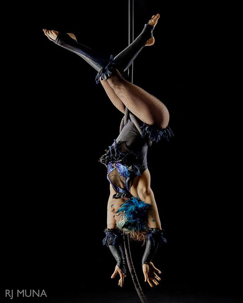 Eka Boo Button - Aerialist - Wooden Nickel Circus