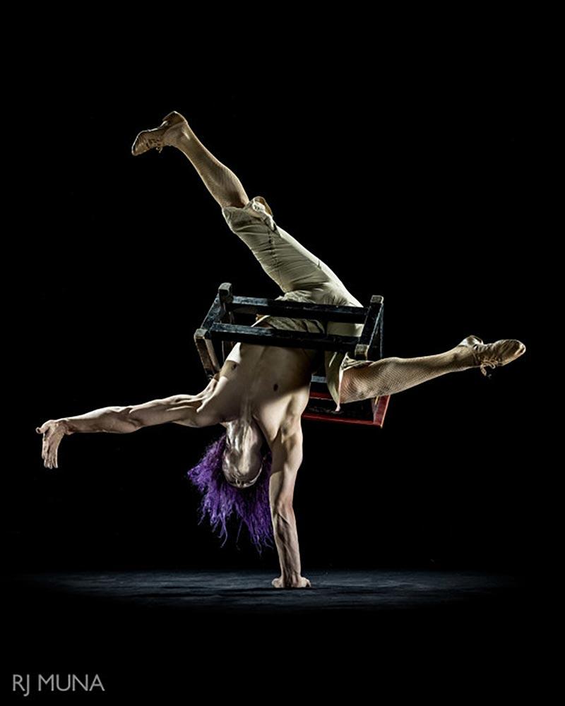 Fleeky Flanco - Hand Balancer & Contortionist - Wooden Nickel Circus