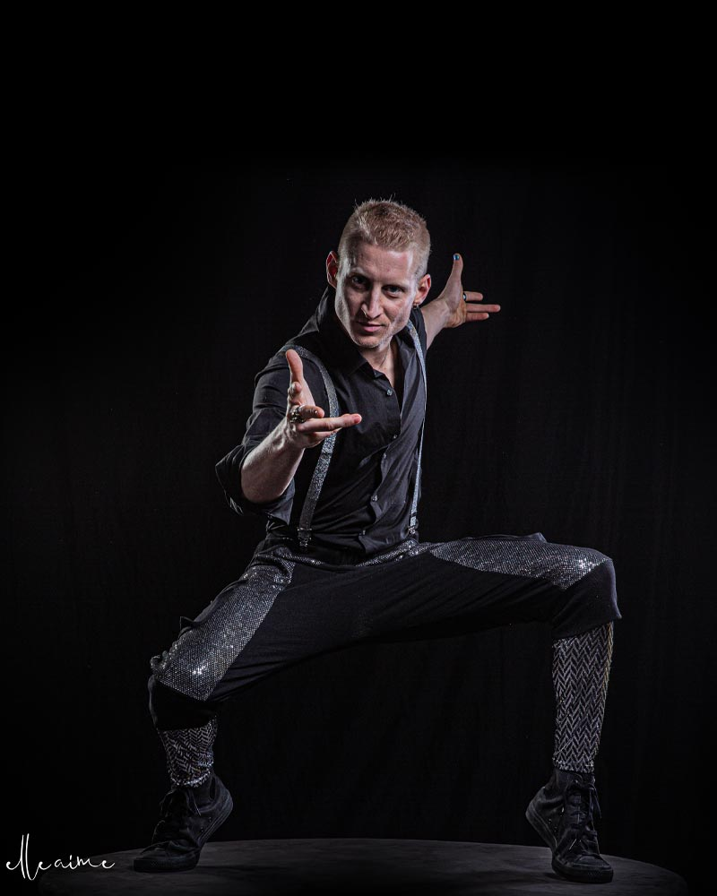 Jacob Doyle Haslem - appearing with Wooden Nickel Circus